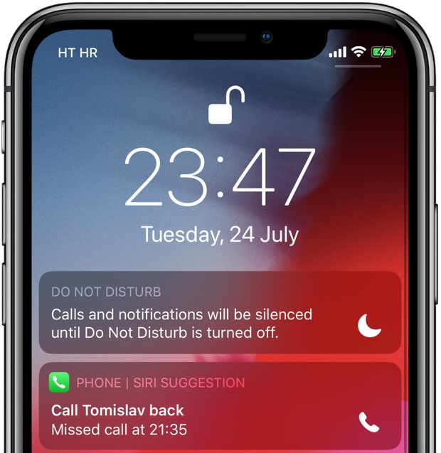 Shortcut suggestion on the Lock screen for the Phone app recommends returning a missed call