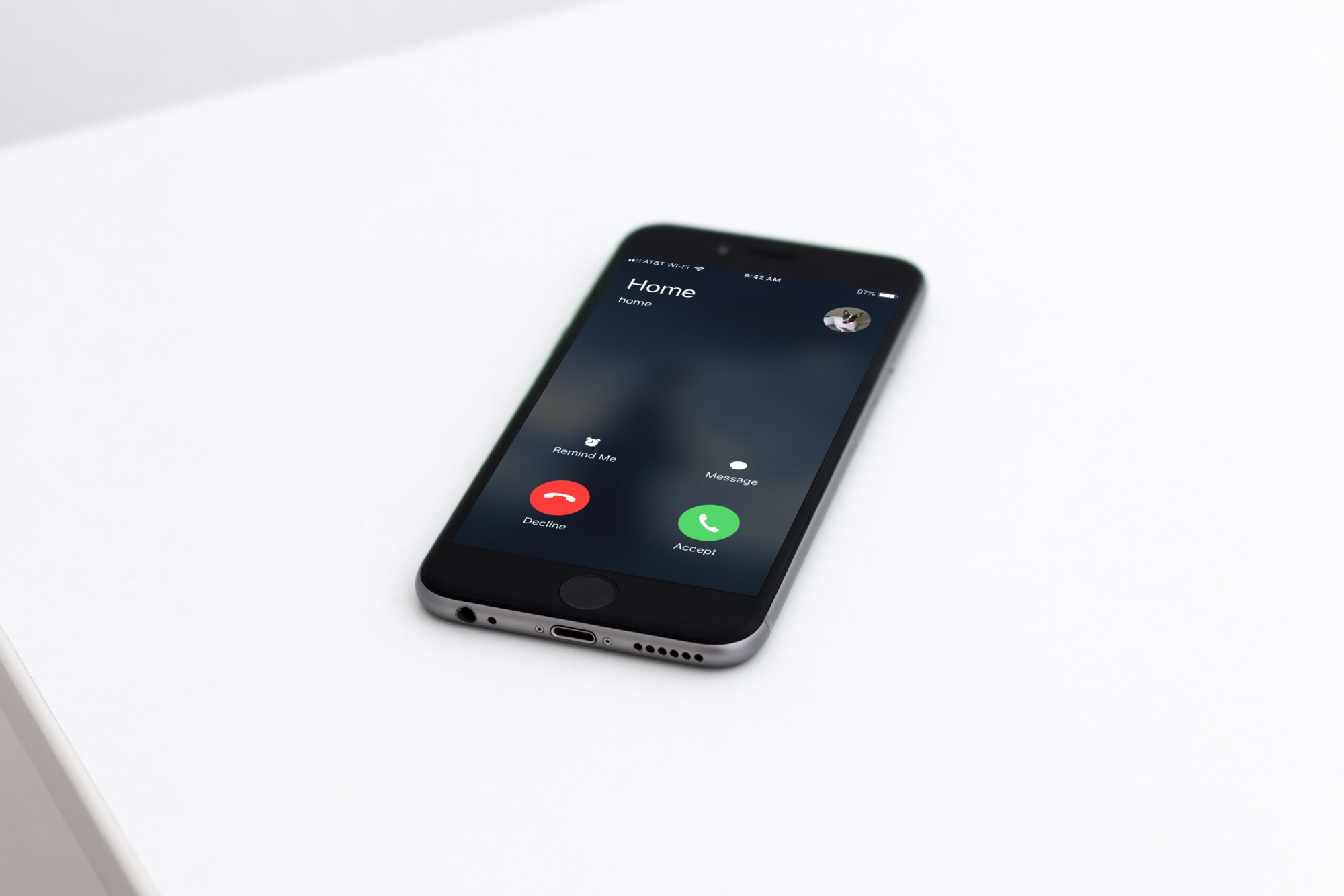 iPhone Ringing on Table