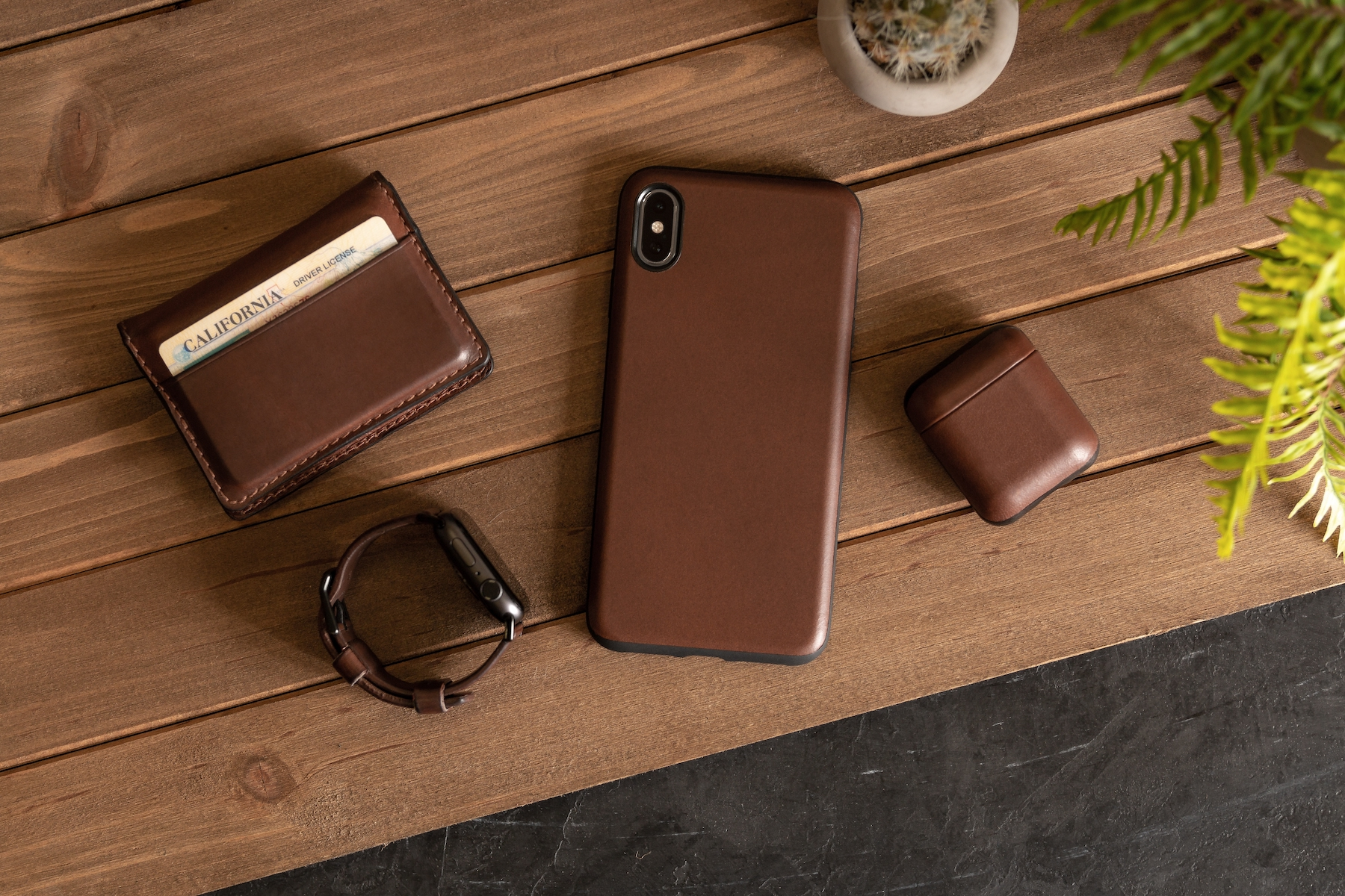 huge discount 4b623 f1e26 Nomad announces gorgeous rugged leather case for AirPods