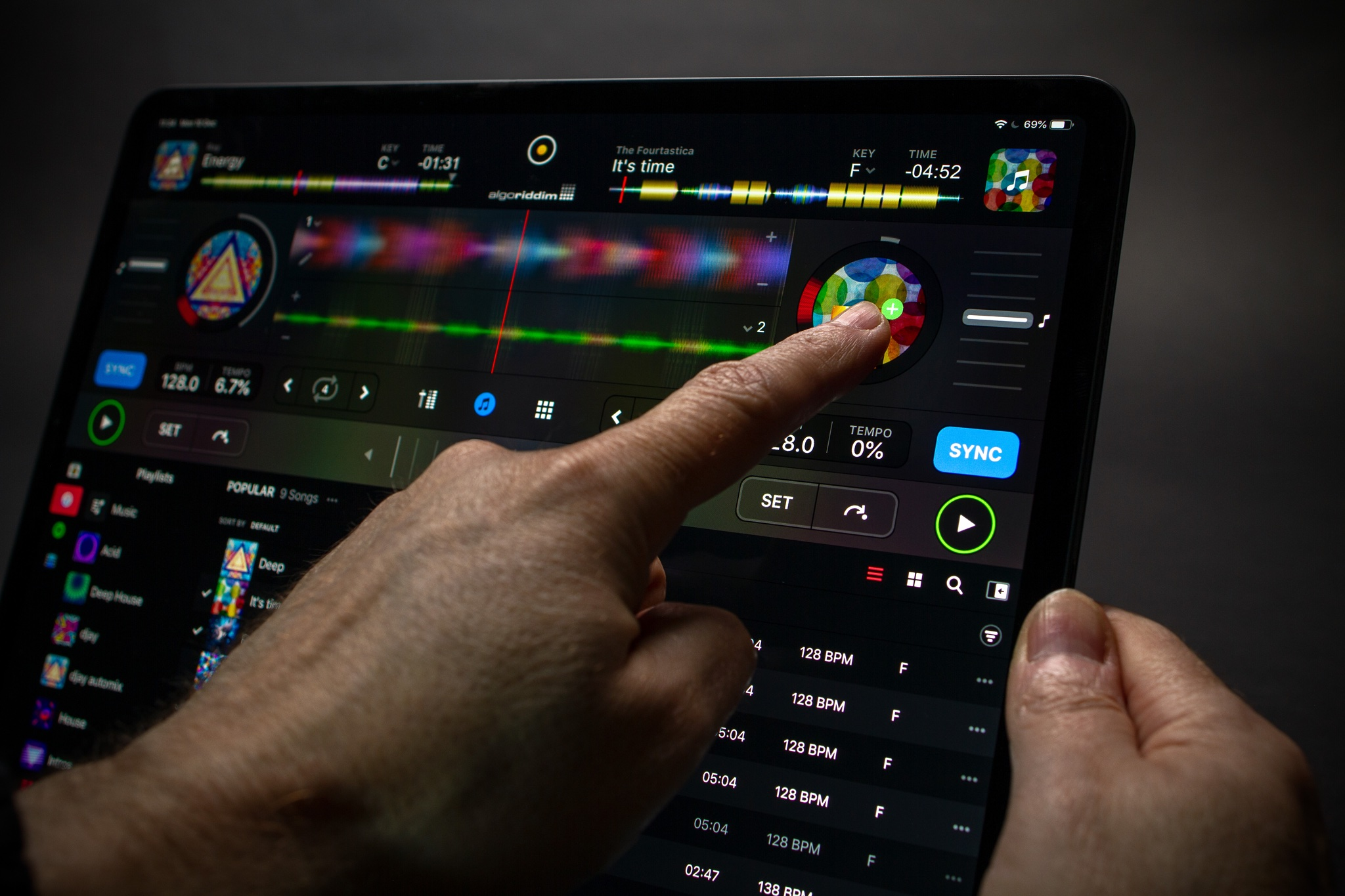 Algoriddim unveils all-new djay app for iOS, now free with