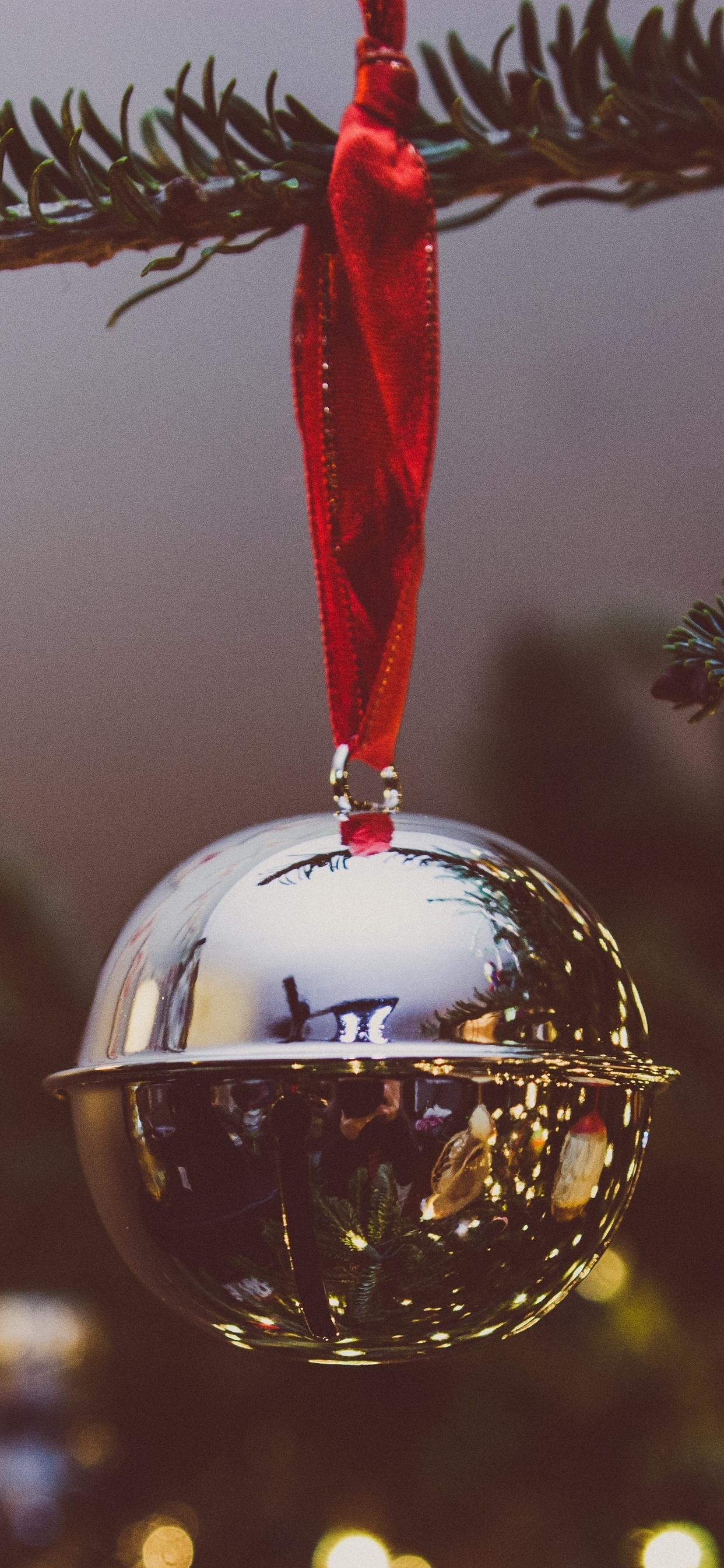 erin-walker-unsplash-christmas-silver-bell-iphone-wallpaper