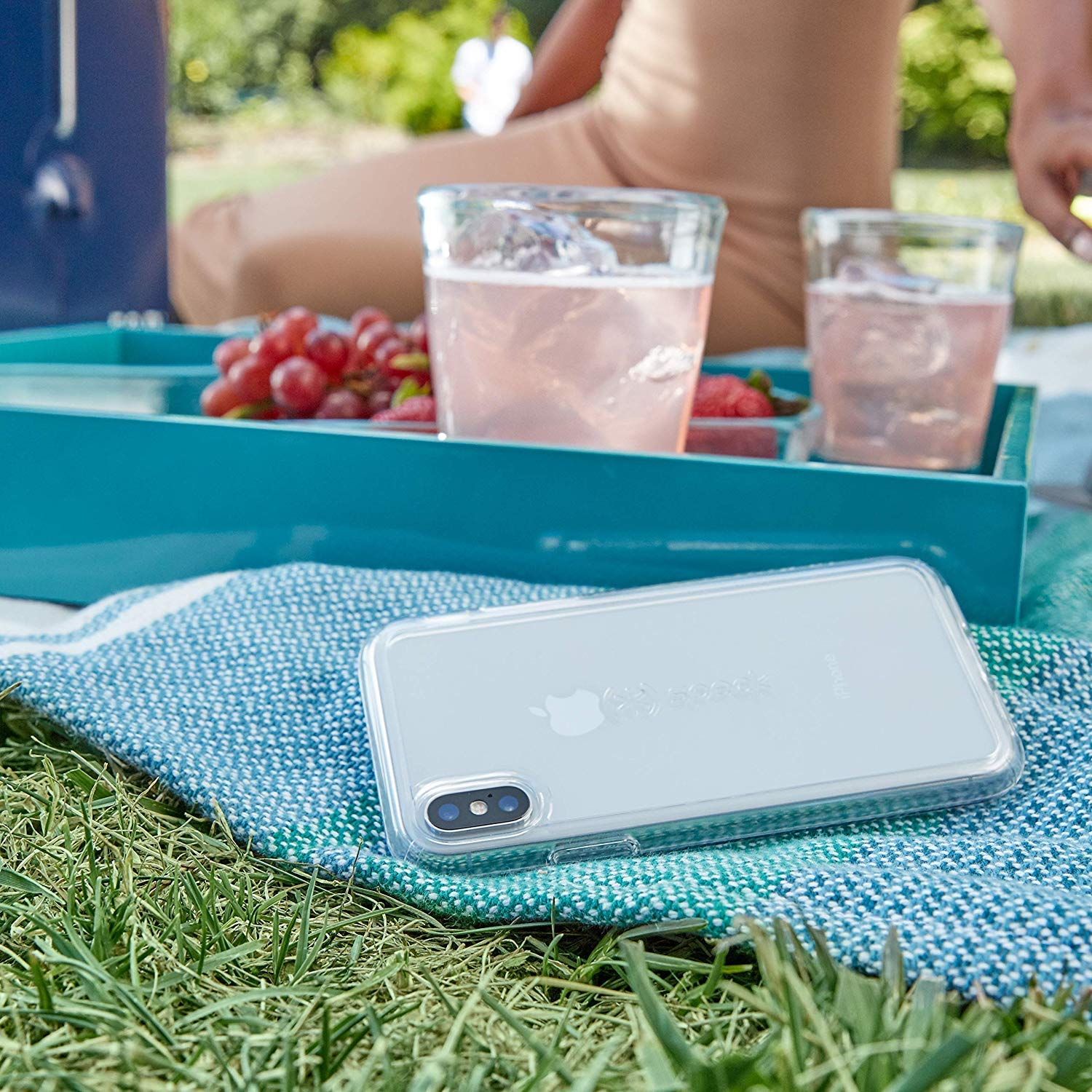 speck clear iPhone case