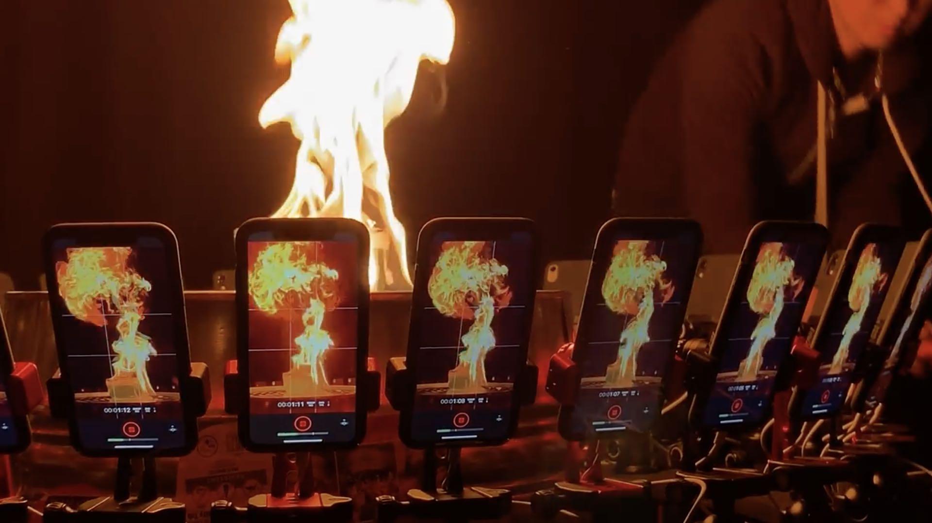 flipboard  apples  video shot   iphone xr cameras mounted   bullet time rig