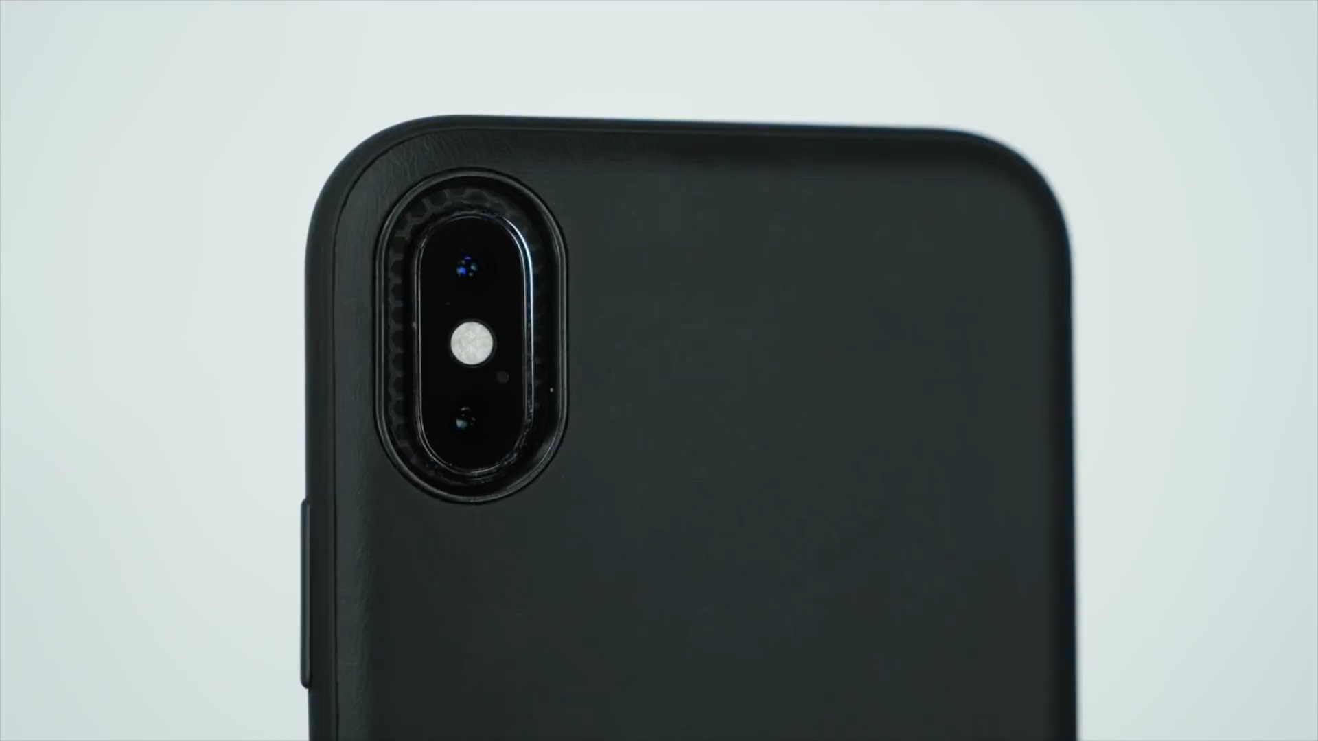 new style cdedb 84d81 Review: the official Tesla case for iPhone X/XS
