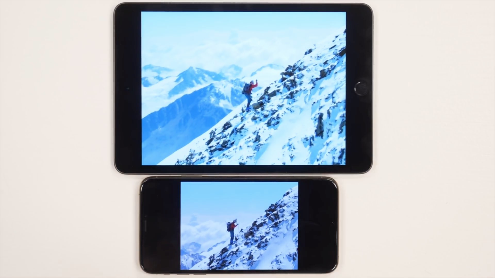 Hands-on video: iPad mini vs  iPhone XS Max — how the screen