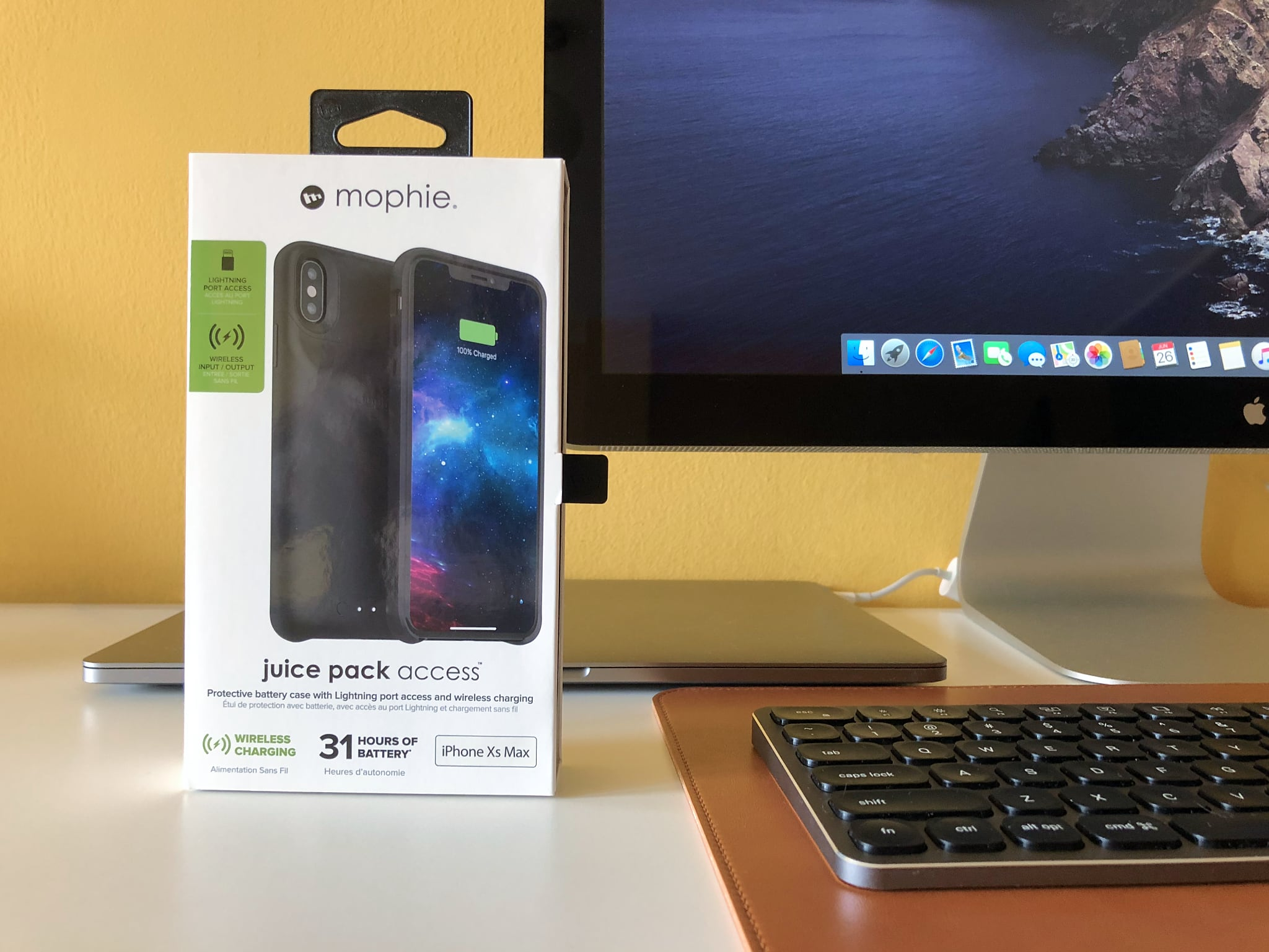 designer fashion 08777 15e58 Review: Mophie's Juice Pack Access battery case supports wired ...