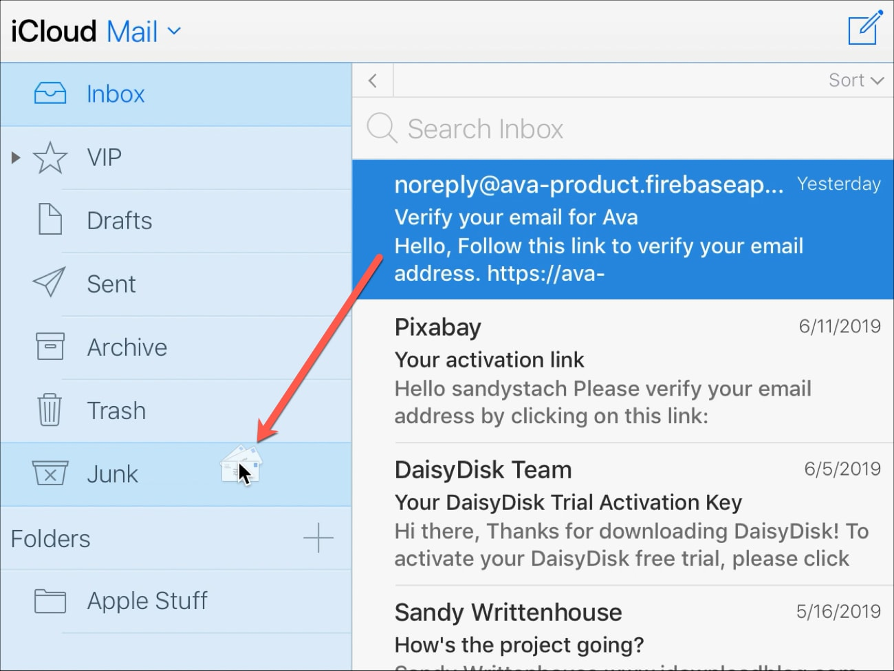 Move Email to Junk Folder iCloud Mail