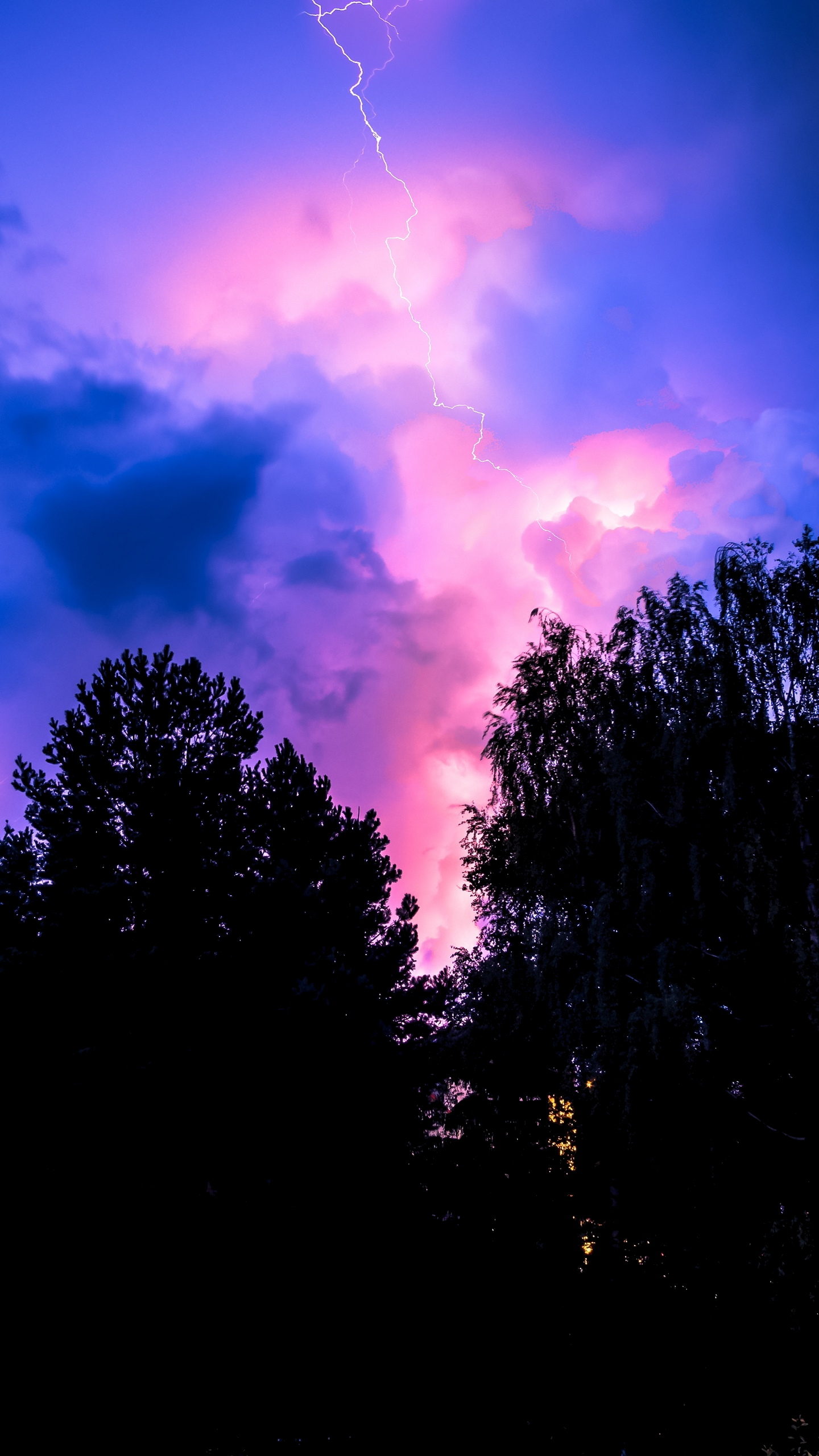 OLED wallpaper idownloadblog trees lightning clouds