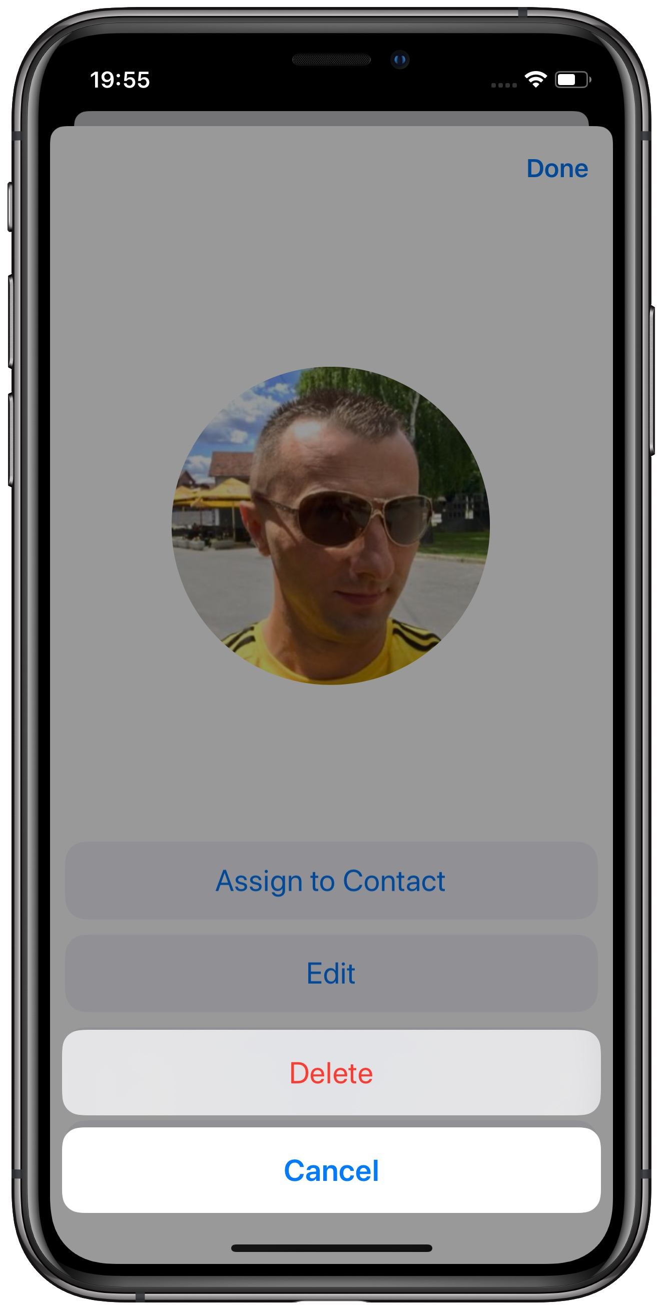 Creating an iMessage profile with a custom profile picture and