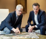Tim Cook and Gavin Newson