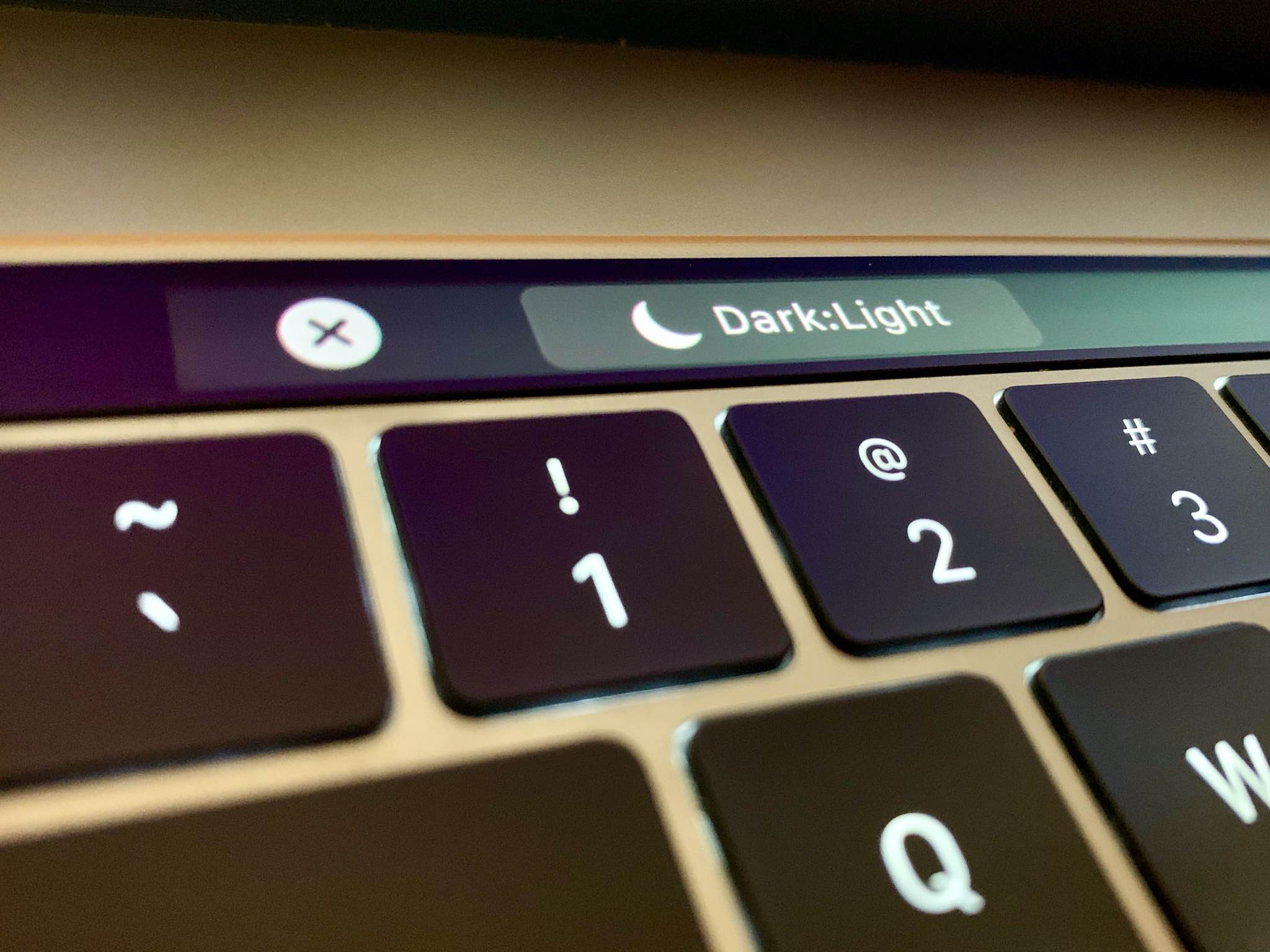 Dark Mode Touch Bar