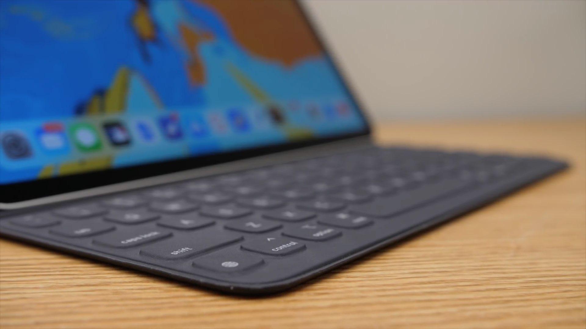 iPad keyboard modifier keys