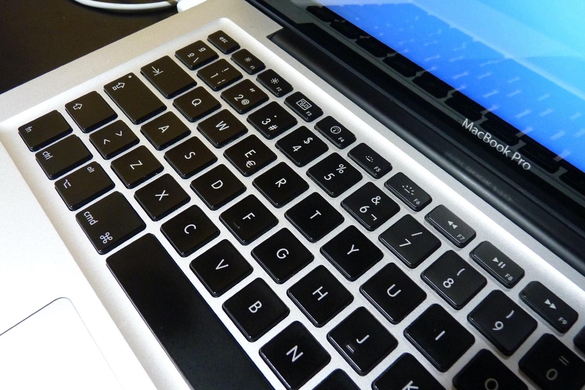 MacBook Pro keyboard -Pages keyboard shortcuts