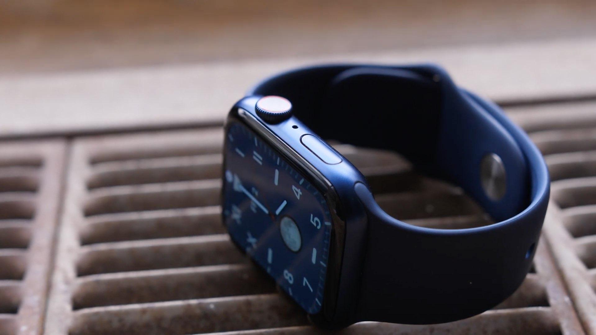 Apple Watch Series 6 photo