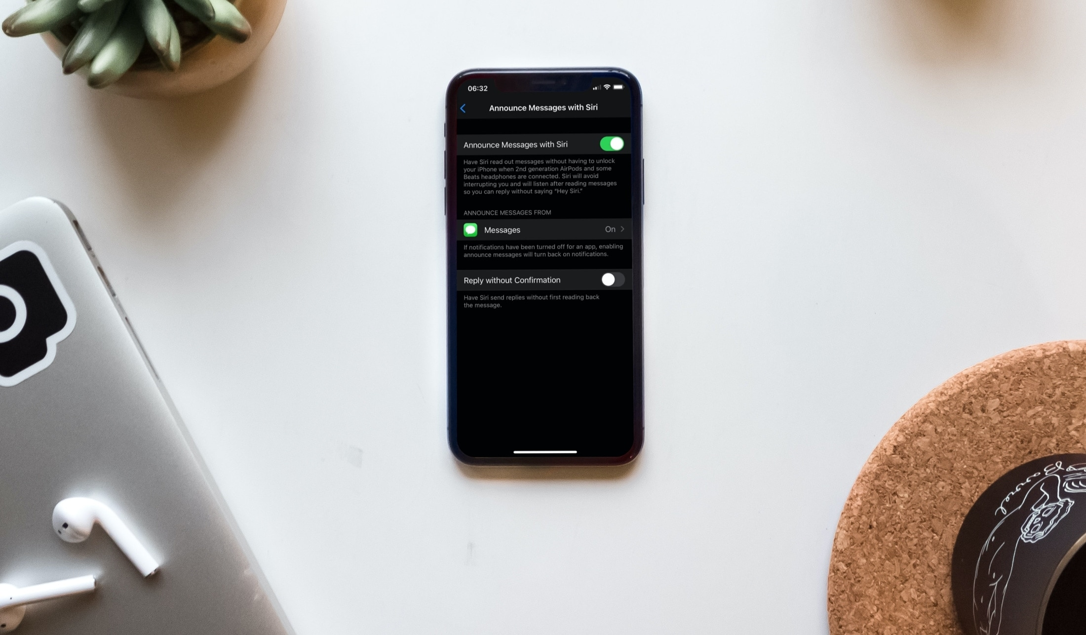 Notifications Announce Messages with Siri Enabled on iPhone