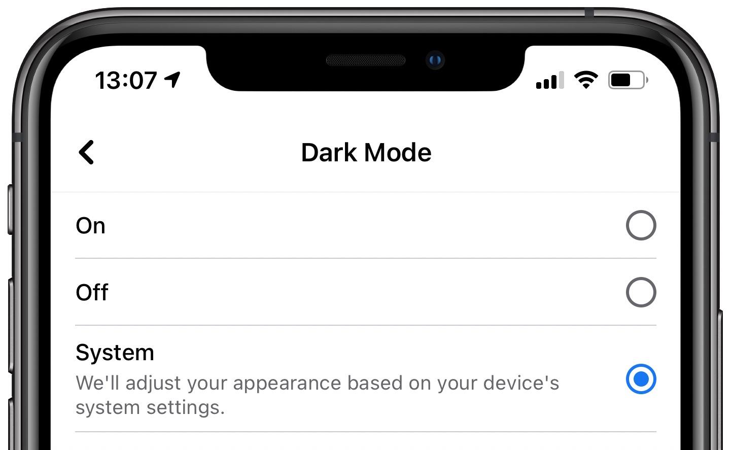Facebook Dark Mode - iPhone interface