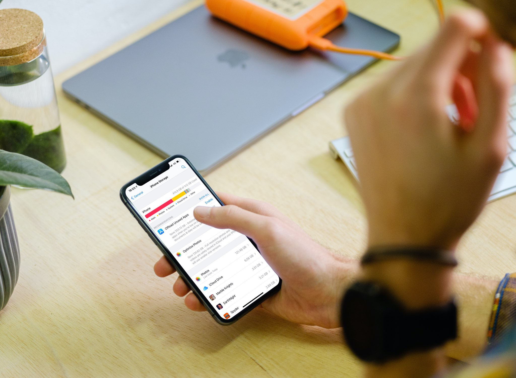 iPhone storage search - hero image