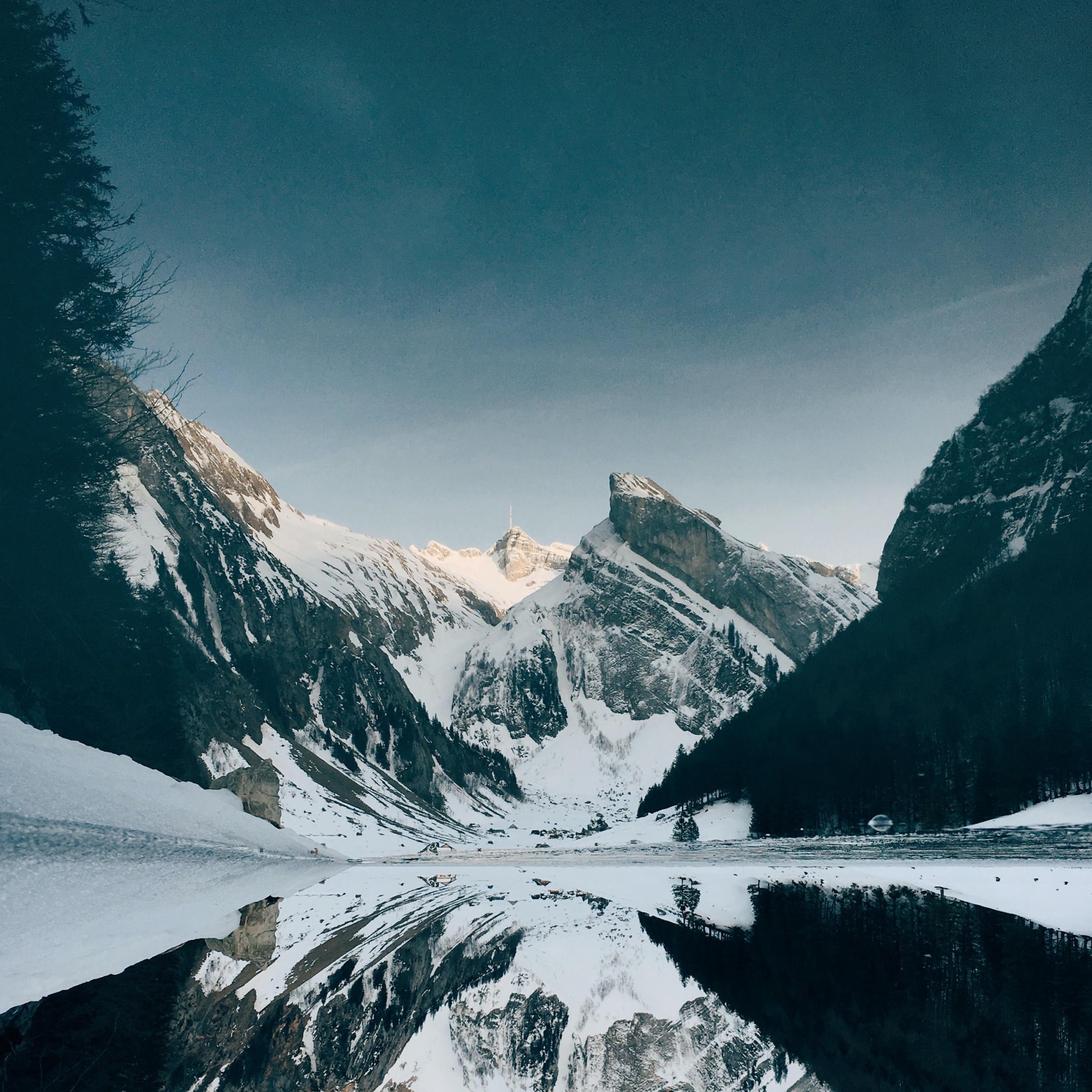 snow wallpaper mountain lake idownloadblog unsplash fynn ipad