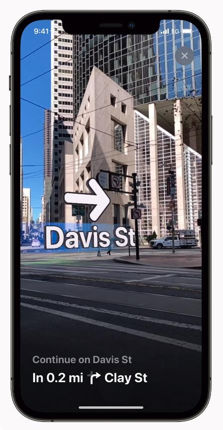 iOS 15 Maps AR